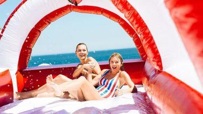 Nog op zoek naar een bikini of badpak? Dit dragen celebs deze zomer op het strand