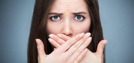 Van tongschraper tot mondspoeling: zo kom je van een slechte adem af