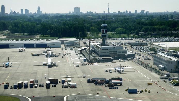 Er vertrekken voorlopig geen vliegtuigen vanaf Rotterdam The Hague Airport.