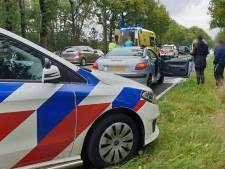 Weer is het raak op de Gronausestraat: kettingbotsing met drie auto's