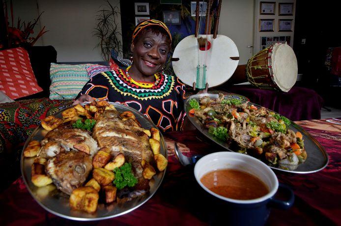 """,,Die geuren en smaken van de Kameroenese keuken: héérlijk"""", vindt Judith Moni-Ateba."""