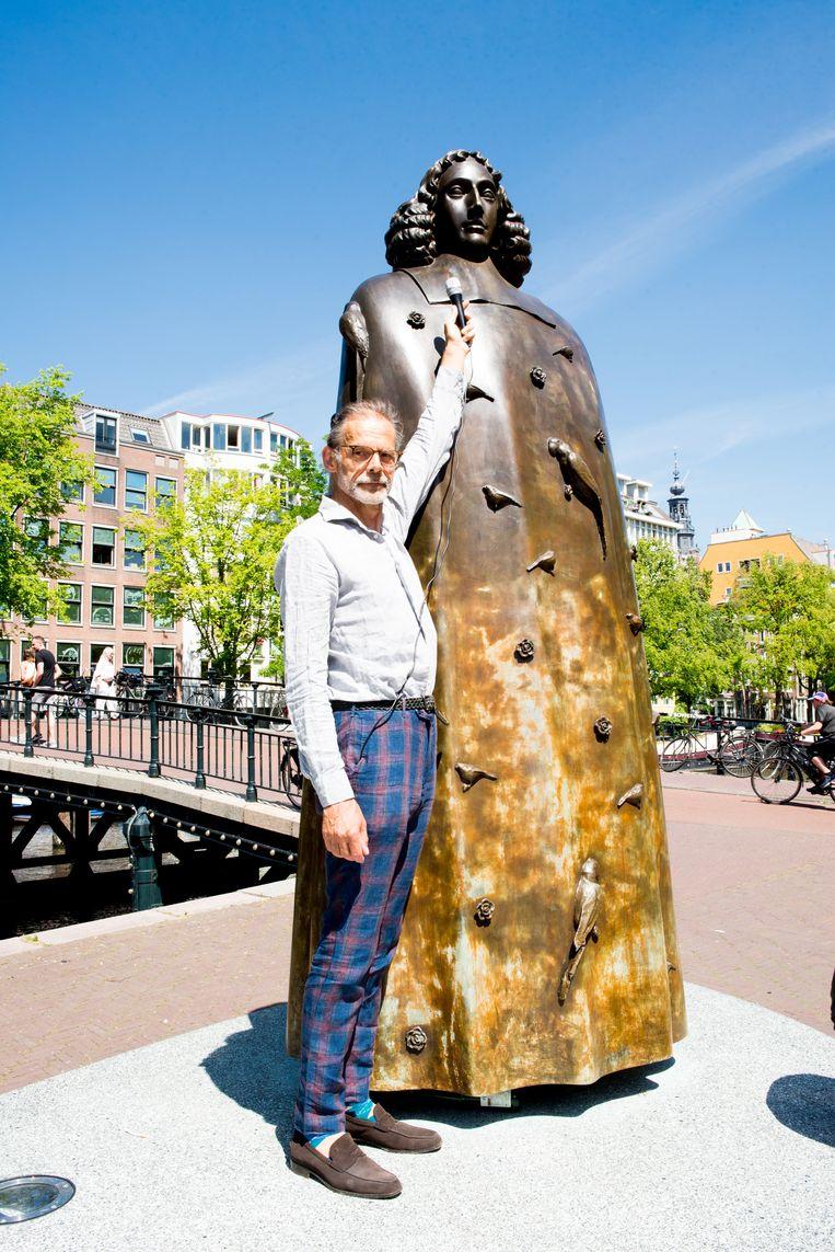 'In het beeld van Spinoza komen lichaam en geest voor mij bij elkaar.' Beeld Marjolein van Damme