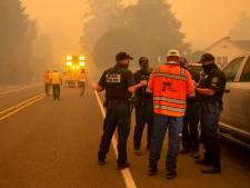 Westen van VS staat in brand: zes doden en duizenden mensen op de vlucht