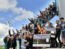 Schiphol functioneert voortaan deels dankzij Viaanse windmolens