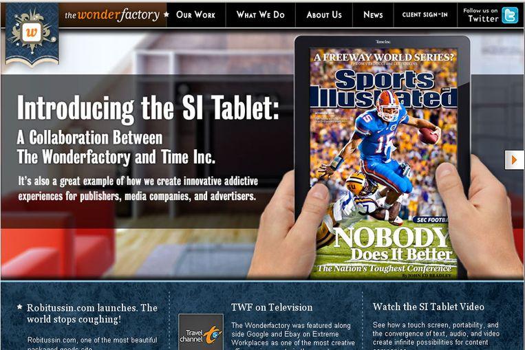 Tijdschriften kunnen als apps gedownload worden op een internettablet (print screen thewonderfactory.com) Beeld