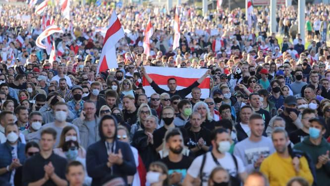 Bijna 200 arrestaties na massaprotest Wit-Rusland