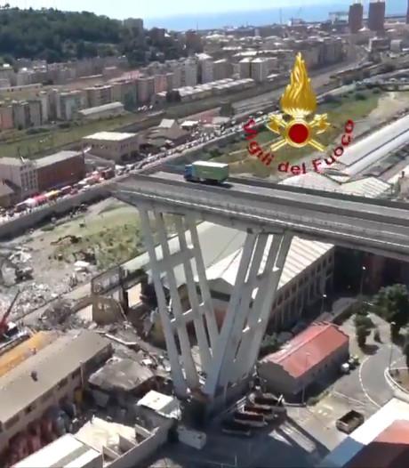 Basko-truck nog steeds op rampbrug Genua, met ruitenwissers aan