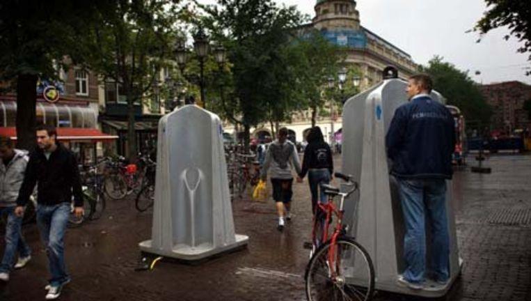 Het Leidseplein vrijdagmiddag. Ondernemers willen het imago van het plein verbeteren. Foto Mona van den Berg Beeld