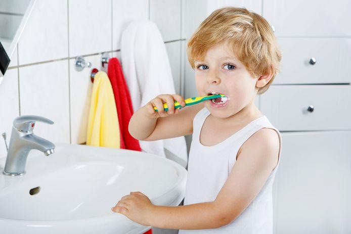 Beeld ter illustratie. Het ziekenfonds lanceert ook een educatief project om tandenpoetsen aan te moedigen.