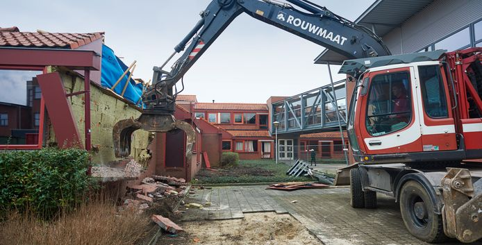 Sloopwerkzaamheden aan Udens College Schepenhoek.