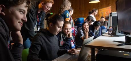 Jonge Europese zendamateurs verzamelen zich in Oosterhout: 'Klasgenoten hebben geen idee wat ik doe'