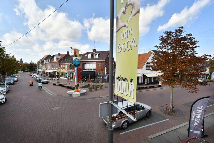 Goor - Aan de Grotestraat in Goor zijn veel winkels gevestigd die hun producten vanaf 1 april op een speciale website kunnen aanprijzen en leveren aan de klant.