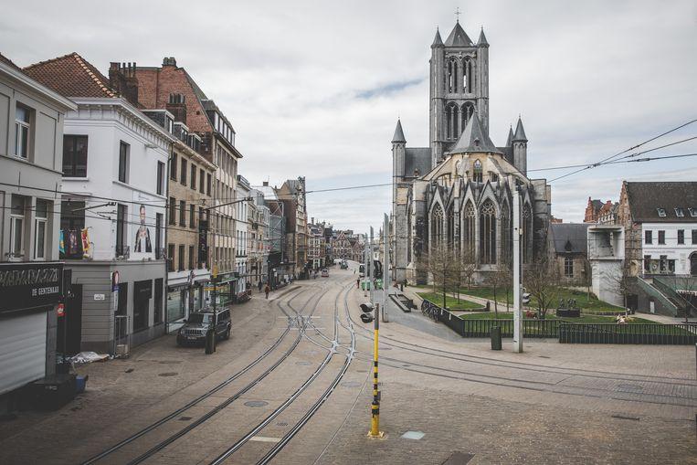 Verlaten straten in Gent.