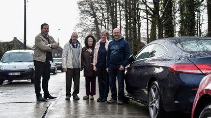 Bewoners misnoegd: na 30 jaar niet meer parkeren in berm