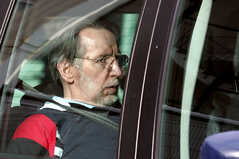 De Franse seriemoordenaar Michel Fourniret staat vanaf vandaag opnieuw terecht voor moord. In mei 2008 werd Fourniret al veroordeeld tot een levenslange gevangenisstraf voor de moord op zeven vrouwen (Archiefbeeld uit 2008).