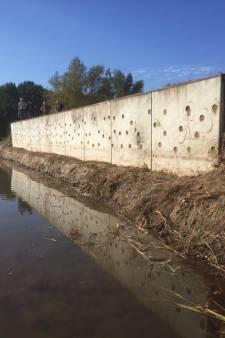 Zwaluwwand bij Berkendonk in Helmond is weer schoon, strandje is verdwenen