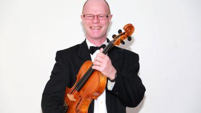 """Zeeuws Orkest aangeslagen na overlijden van violist Luc Rothheut (57): """"We verliezen één van onze trouwste leden"""""""