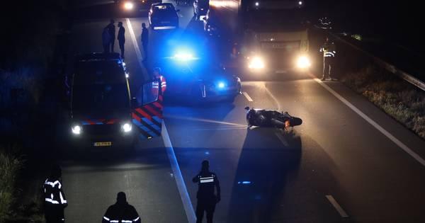 Motorrijder spoorloos na ongeval op snelweg A50 bij Veghel.