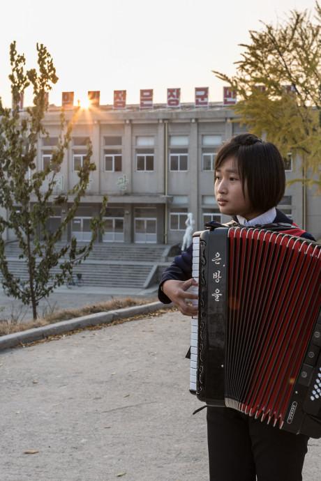 Foto's uit Noord-Korea van Carl de Keyzer in Kunsthal Helmond