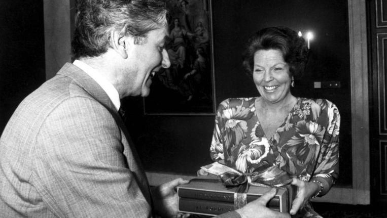 Koningin Beatrix en premier Lubbers op 30 april 1988. Beeld ANP