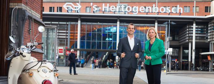 Stijn Steenbakkers en Madeleine van Toorenburg.