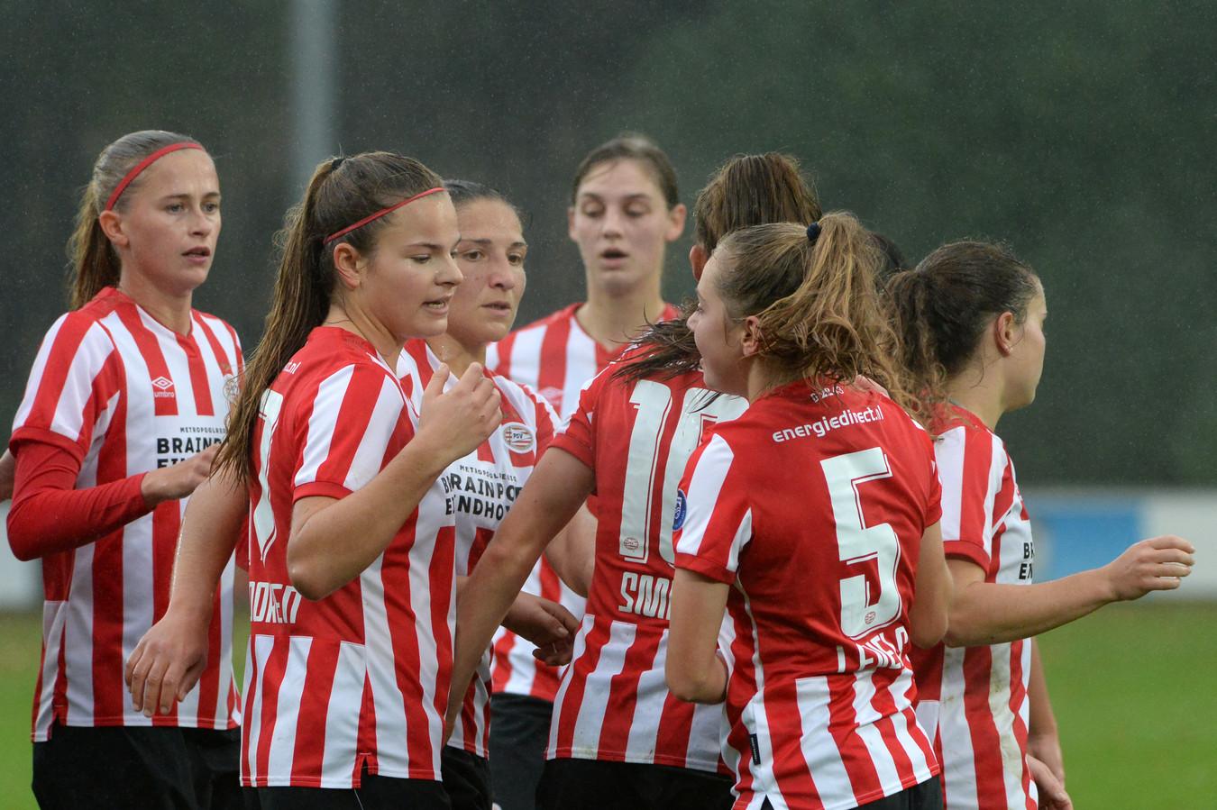 PSV viert een doelpunt