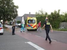 Wielrenster gewond afgevoerd na botsing met auto in Haarsteeg