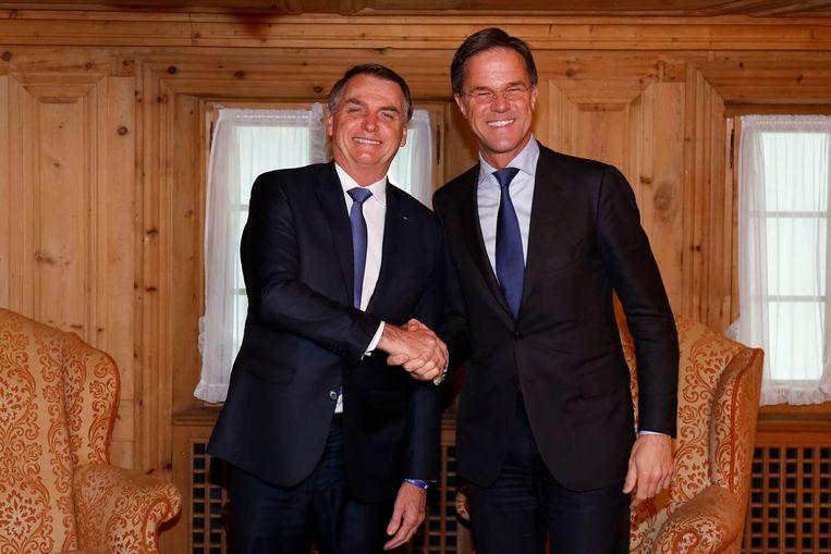 De Braziliaanse president Bolsonaro sprak donderdag in Davos met premier Rutte. Beeld Alan Santos/PR