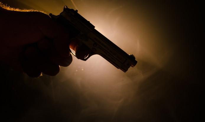 Bij de overval in 2016 werd een 78-jarige Arnhemse onder schot gehouden.