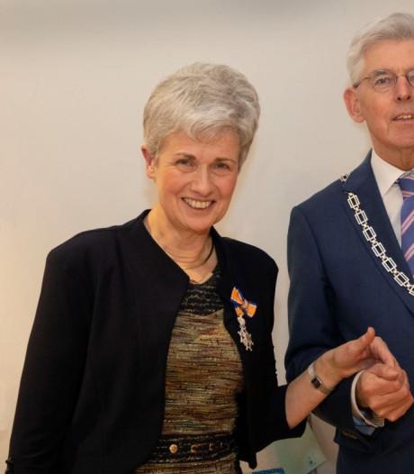Koninklijke onderscheiding Dorine van den Hurk