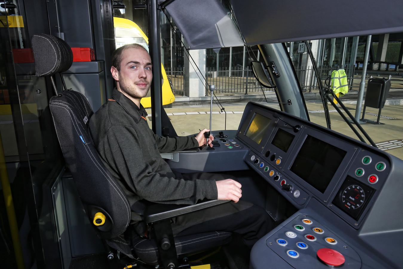 Jasper Mulder in de tram: 'Het wordt wel wennen'