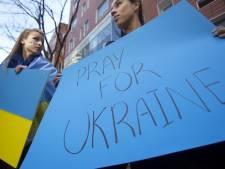 L'Ukraine se cherche un nouveau gouvernement, Ashton sur place