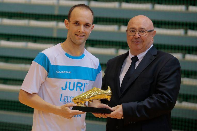 D'angelo Voorsprong Gabriel Met Futsaller Tweede Pakt Verbluffende EHWID29