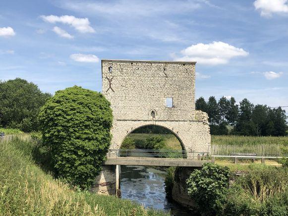 Een foto van de Weerdse molen heeft ervoor gezorgd dat de gemeente 3.000 euro moet betalen aan de lokale fotograaf.