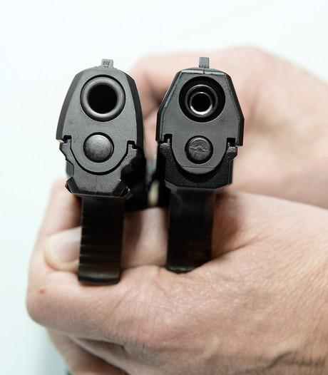 Advocaat zet vraagtekens bij aanhouding tieners om nepwapen