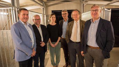 Nieuw dierenasiel 'Poezewoef' geopend