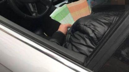 Drugsdealer die pronkt met geld, riskeert drie jaar cel