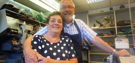 Droef maar mooi moment: schoenmakerszaak stopt na 75 jaar