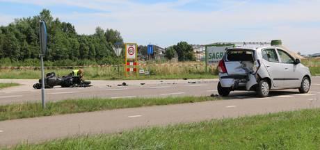49-jarige motorrijder uit Druten overleden bij ongeluk met auto in Deest