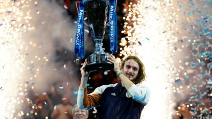 Tsitsipas (21) wint ATP Finals, Griek knokt zich in drie sets voorbij Thiem
