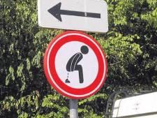 Dit zijn de gekste verkeersborden van Zeeland