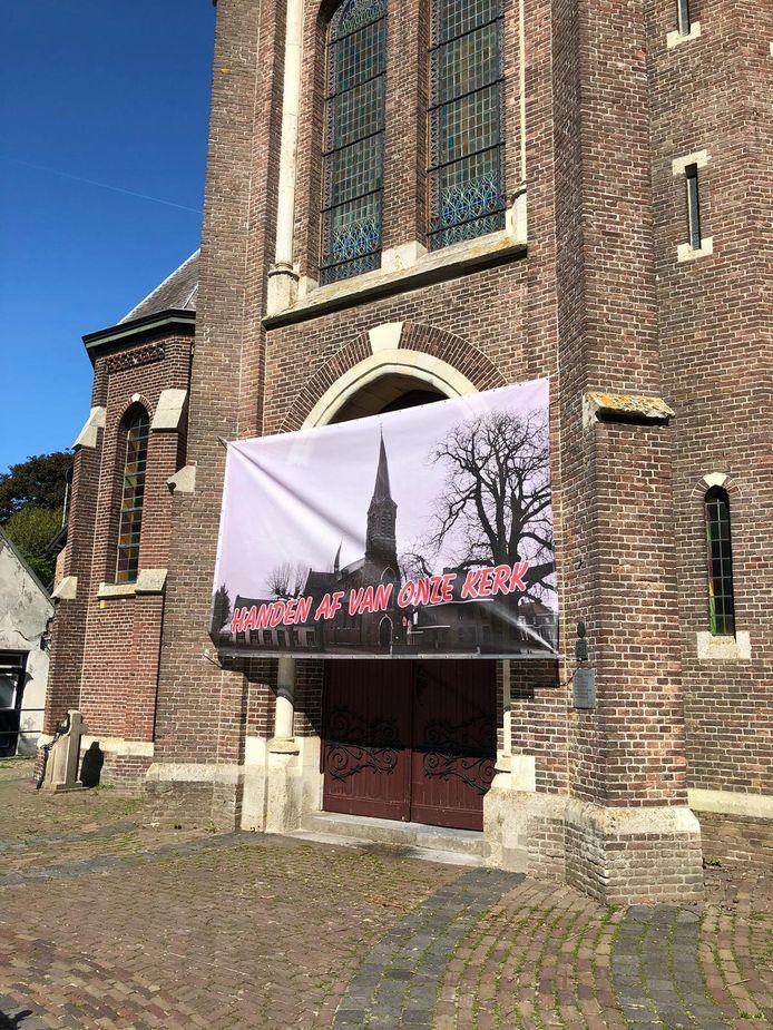 De stichting Corneliuskerk wil invloed uitoefenen op de functie die de kerk in Den Hout krijgt.