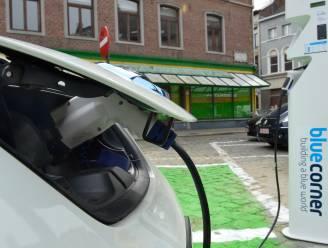 """""""Ambitie Vlaams laadpalenplan moet hoger"""""""