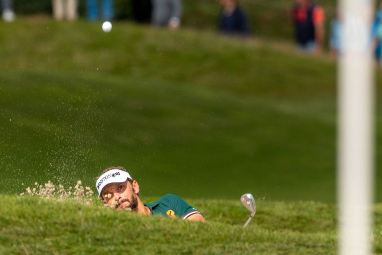 Volwassen golfers, zoals hier profspeler Joost Luiten, mogen volgende week weer de baan op.  Beeld ANP