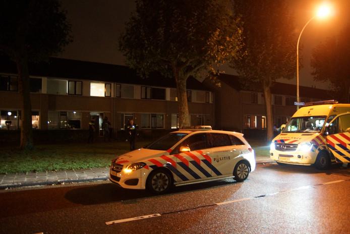 Arrestatieteam doet inval in woning Waalwijk