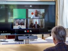 """Koning Filip verrast vzw ArmenTeKort met videocall: """"Ongelofelijk mooi dat hij de tijd neemt om naar ons te luisteren"""""""