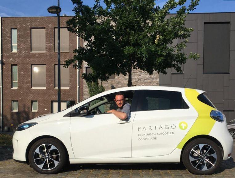 Inwoners en gemeentepersoneel krijgen de keuze uit een Renault Zoé of een Nissan eNV200.