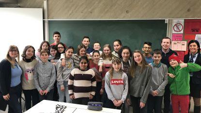 Dikketruiendag in Sint-Andreas: leerlingen laten uniform thuis, leerkrachten wél strak in 't pak