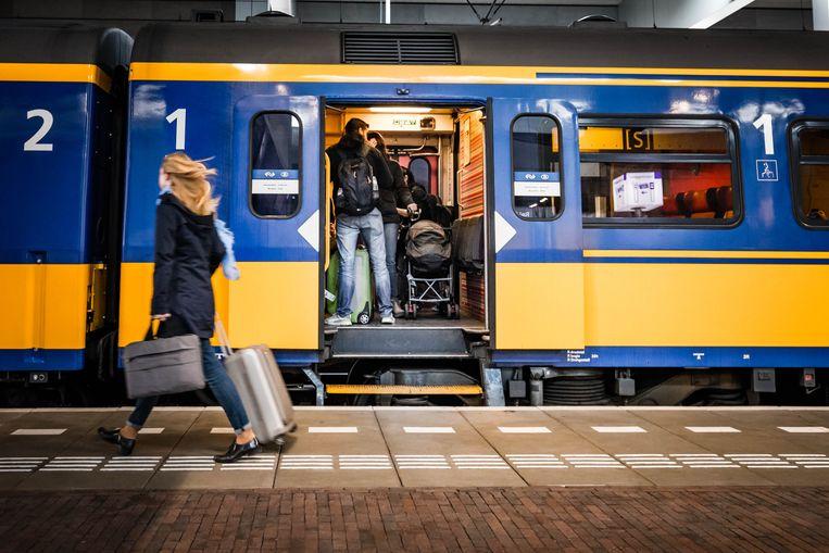 Een baby viel vandaag tussen het perron en de trein in het station Anna Paulowna in Noord-Holland. Archieffoto.