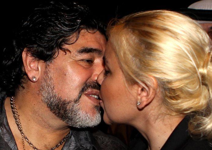 Maradona en zijn toenmalige vriendin Verónica Ojeda in Dubai